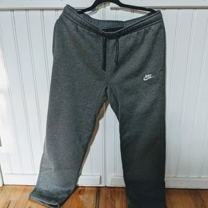 Nike Standard Fit Sweatpants NWT